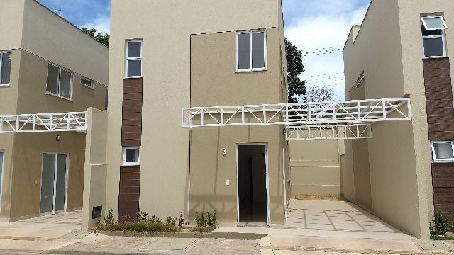 Casa nova duplex em cond fechado próx da Kennedy com 4 suítes cozinha com armário embutido