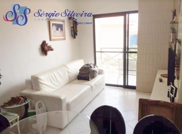 Apartamento no Porto das Dunas todo projetado perto da praia Condomínio Vilamar Suítes