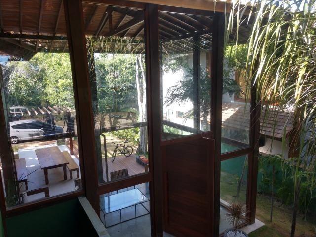 Casa em Praia do Forte, 5 suítes e 6 vagas de garagem - Foto 17