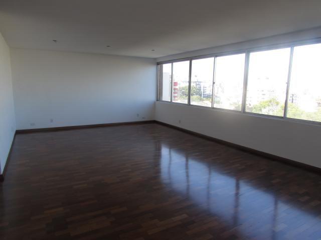 Apartamento para alugar com 4 dormitórios em , cod:I-019723