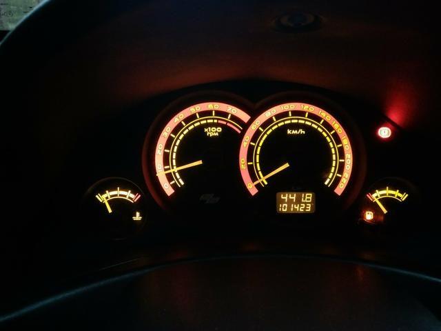 Gm Corsa Hatch 1.8 2008 - Foto 16