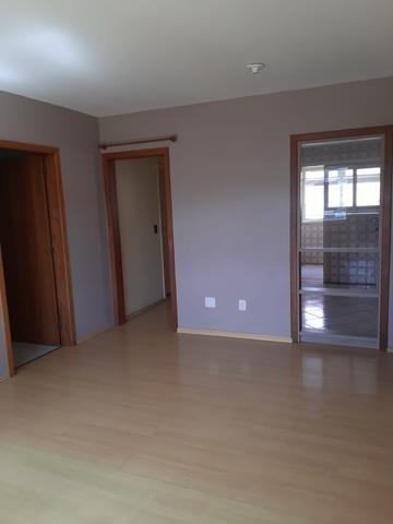 Apartamento para alugar com 3 dormitórios em , cod:I-022264