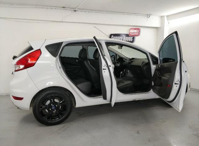 Fiesta 1.6 automático power shift 2014. Completo banco de couro,rodas e ar digital - Foto 5