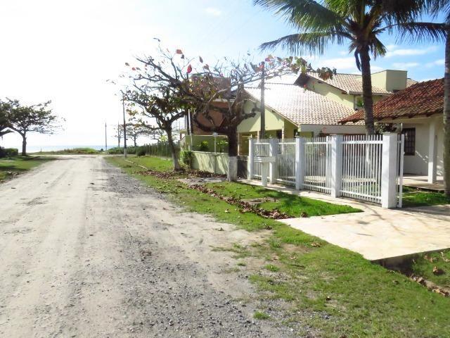 Casa com piscina em Itapoá ,3 quartos(1 suíte), ar, wifi, monit. 24h, 60 metros da praia - Foto 3