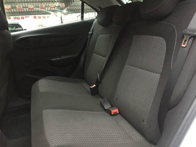 Chevrolet Onix Joy - Foto 7