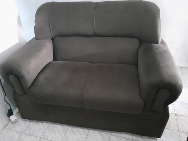 Vende-se conjunto de sofá com 2 e 3 lugares - Móveis ...