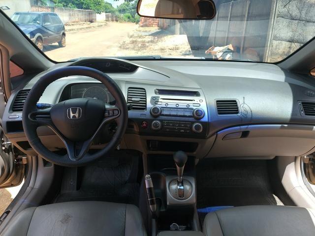 Vende-se Honda Civic Plaza LXS 09/10 1.8 Flex - Foto 7
