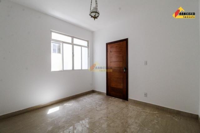 Apartamento para aluguel, 3 quartos, 1 suíte, 1 vaga, Ipiranga - Divinópolis/MG