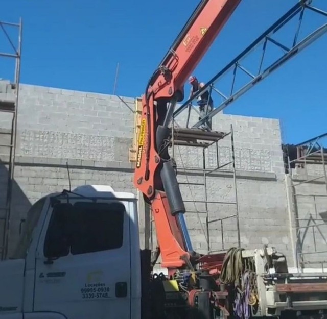 Galpões- estrutura metálica - coberturas Pergolados  - Foto 5
