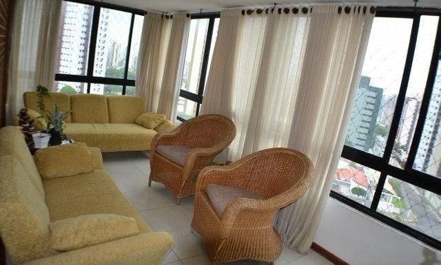 Apartamento 05 Suítes, 221,5m², um por andar em Miramar - Foto 2
