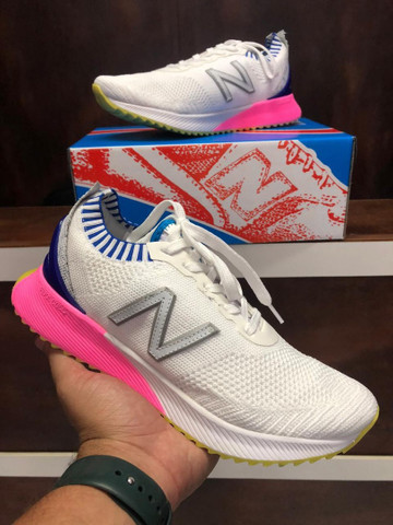 Tênis New Balance Fuelcell $280 - Foto 3