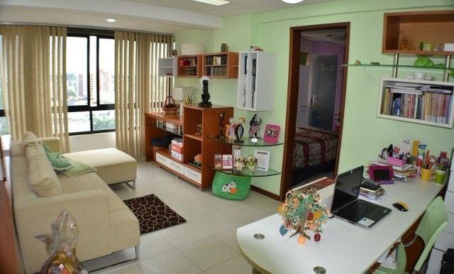 Apartamento 05 Suítes, 221,5m², um por andar em Miramar - Foto 4