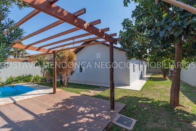 Casa térrea no Rita Vieira 1 toda reformada, com piscina e no asfalto! - Foto 13
