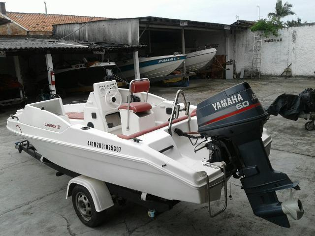 Lancha Lagoon 17 e Motor Yamaha 60 . Barco