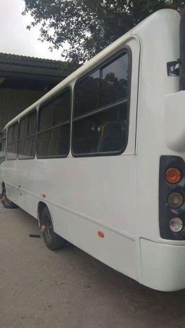 Micro ônibus Comil de 24 lugares ano 2008 - Foto 6