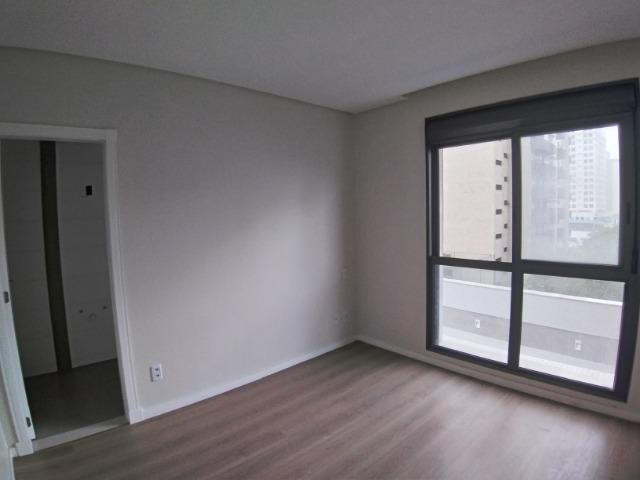 Apartamento 2 Suítes 97 M².Sacada com Churrasqueira, Lavabo, 1 Vaga no Centro - Foto 16