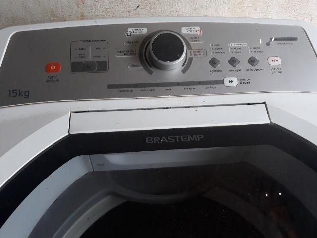 Máquina de lava roupa