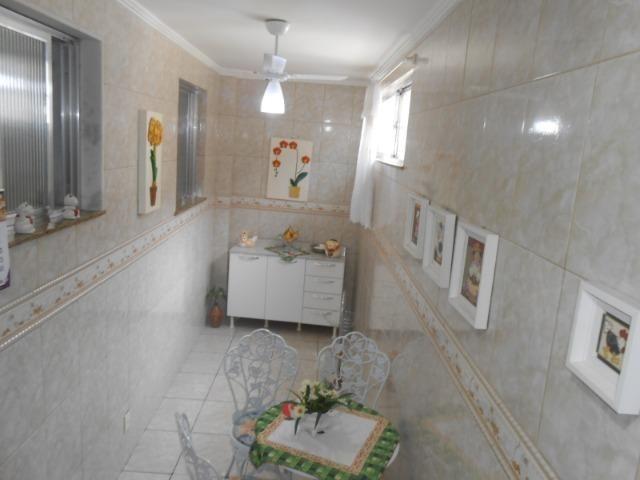 Magnífica Casa 3 Quartos c/Vaga Eng Dentro - Foto 13