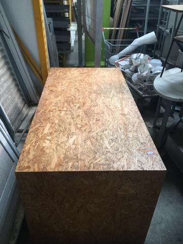 Mesa de madeira maciça!!!! Ótimo estado de conservação - Foto 3