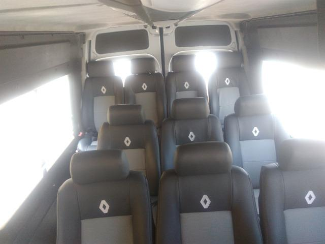 Renault Master 2.5 - 16 Lugares - Ano 2009 - R$ 52.000,00 - Foto 9