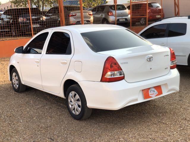 Toyota - Etios 1.5 X Sedan - Automático 2018 - Foto 8