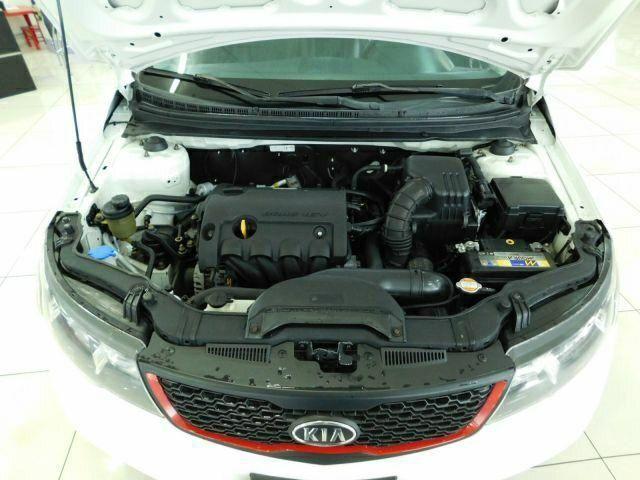 Kia Motors Cerato 1 6 16v Mec  2012