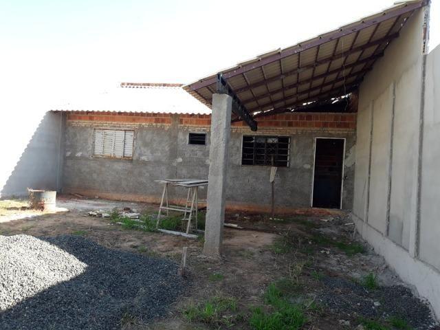 Casa em construçao ,terreno a pagar - Foto 4