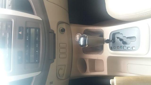 Toyota hiluzz sw4 srv 3.0 diesel 4*4 unico dono