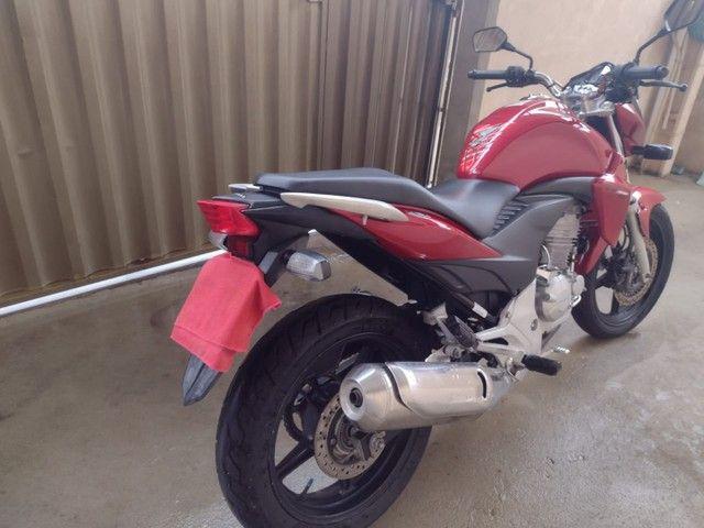 Honda CB300R 2013 - Foto 5
