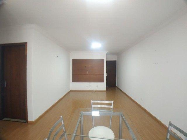 Locação | Apartamento com 104.46 m², 3 dormitório(s), 1 vaga(s). Zona 07, Maringá - Foto 4