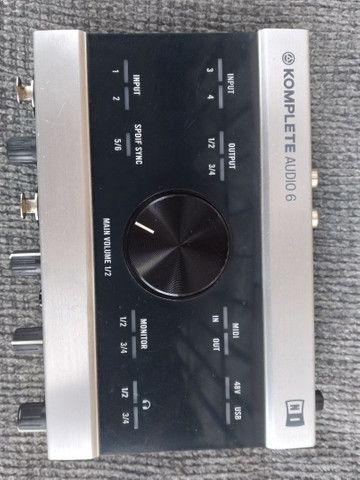 Interface/placa De Áudio Komplete Áudio 6 Native Instruments - em pernambuco - Foto 4