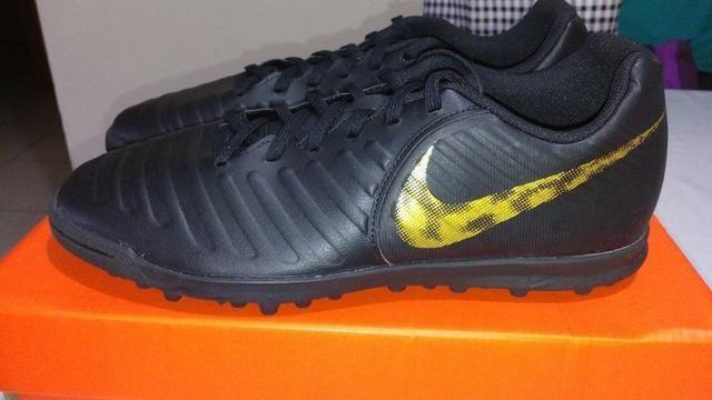 b608887bec7 Chuteira Society Nike Tiempo Legend 7 Club TF 40 e 41 - Esportes e ...