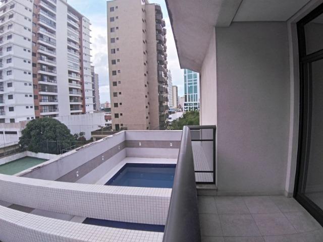 Apartamento 2 Suítes 97 M².Sacada com Churrasqueira, Lavabo, 1 Vaga no Centro - Foto 8