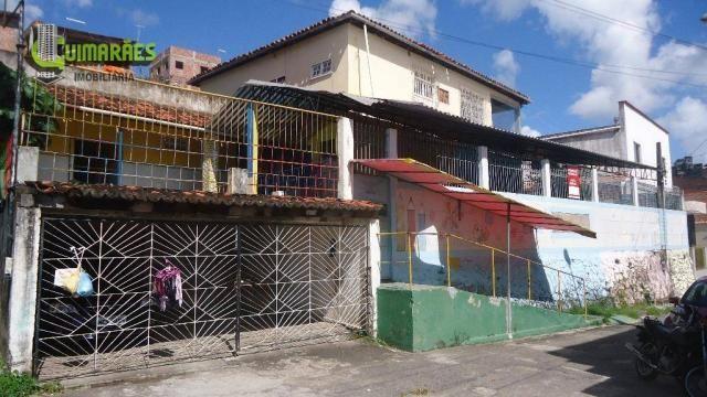 Casa com três quartos, Escada, Salvador.