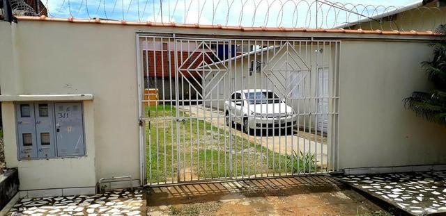 Bloco com 3 apartamentos na Vila Militar ao lado da Fundação Hospitalar - Foto 2