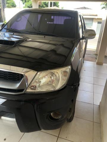 Vende-se Hilux Srv diesel 09/10 automática - Foto 2