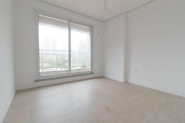 Brisas do Meireles, apartamento duplex com 3 suítes, gabinete, 4 vagas de garagem, - Foto 8