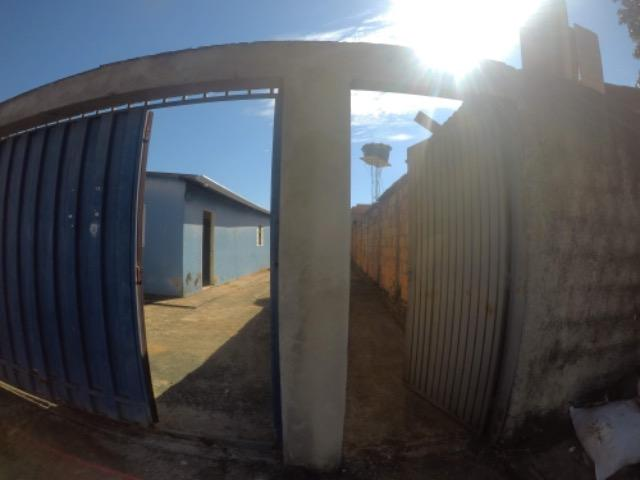 Urgente-Lote com Casa e Barracão - Foto 2
