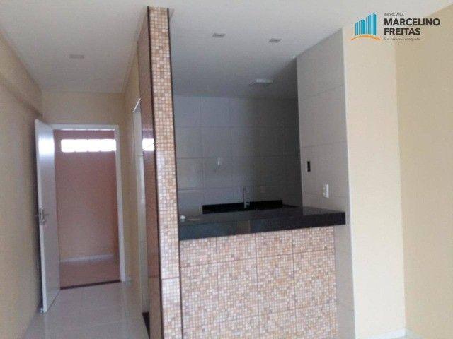 Apartamento com 2 quartos, 67 m², aluguel por R$ 1.309/mês - Foto 9