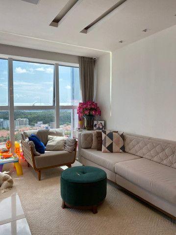Vendo Apartamento Cond. Vivendas do Farol, 1 Suíte, 2 Quartos - Foto 2
