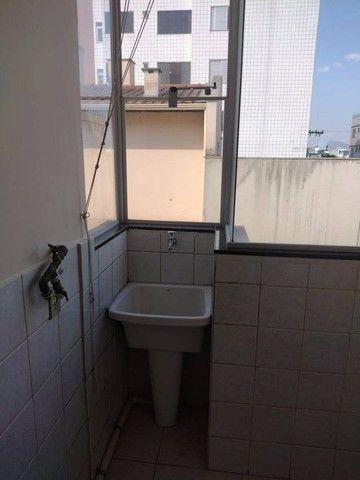 Apartamento para aluguel possui 65 metros quadrados com 3 quartos - Foto 4