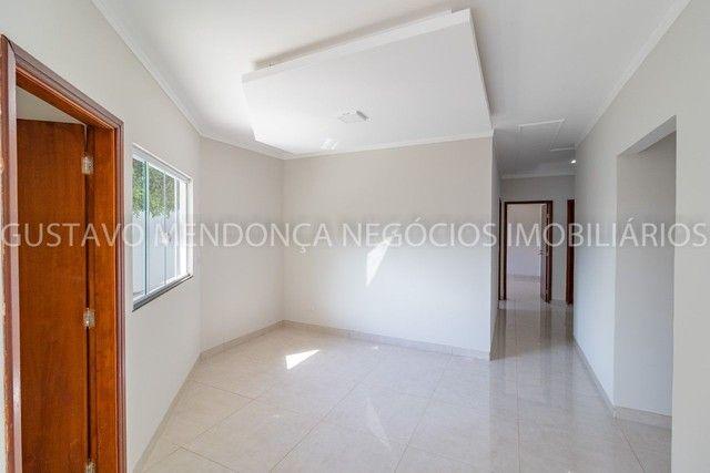 Casa térrea no Rita Vieira 1 toda reformada, com piscina e no asfalto! - Foto 14