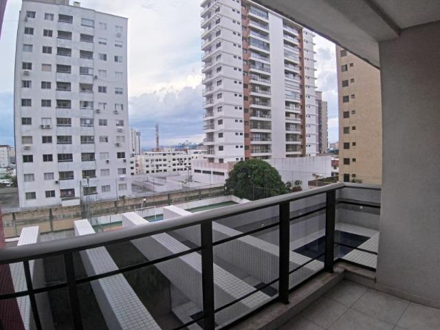 Apartamento 2 Suítes 97 M².Sacada com Churrasqueira, Lavabo, 1 Vaga no Centro - Foto 7