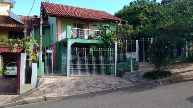 Villarinho vende casa com 2 dormitórios - 139 m² por R$ 430.000 - Vila Nova - Porto Alegre