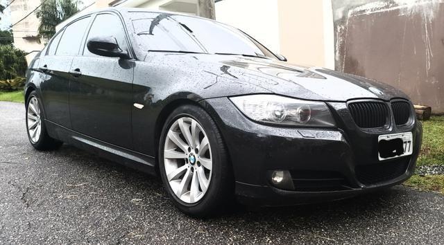 BMW 320i impecável