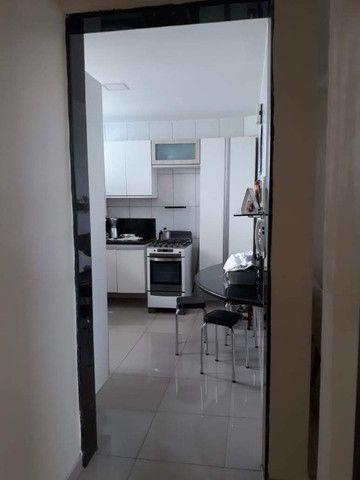 Apartamento nos Bancários com 3 quartos, sendo 1 suíte, varanda e piscina - Foto 12