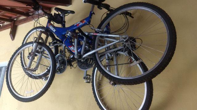 2 Bikes 18 marchas com amortecedores - Foto 2