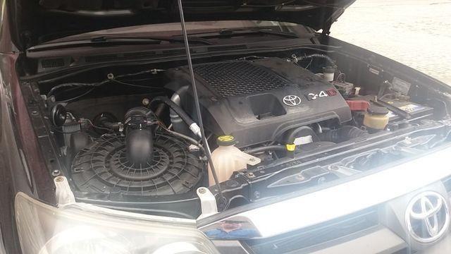 Toyota hiluzz sw4 srv 3.0 diesel 4*4 unico dono - Foto 14