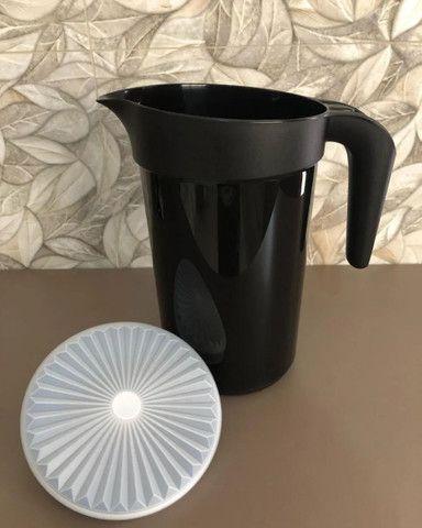 Jarra Colors 2 litros preta Original Tupperware  - Foto 4