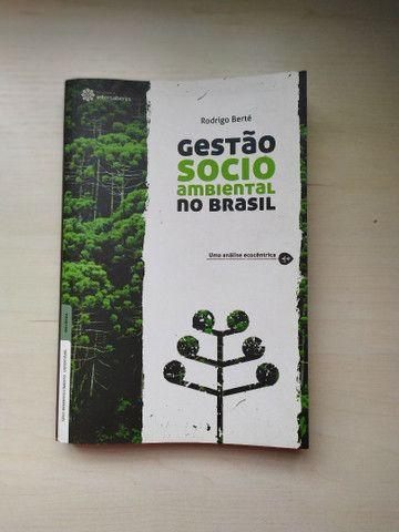 Livro Socio ambiental no Brasil